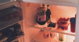 كيف ازيل رائحة الثلاجة